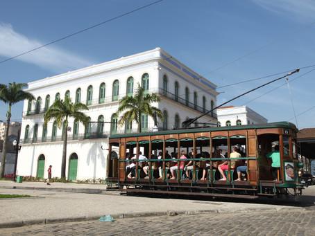 Bonde turístico de Santos volta a circular em 1º de julho