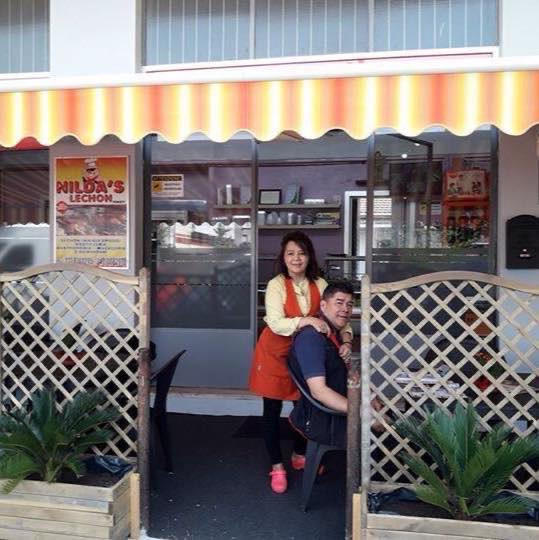 Owners Nilda and Andy Dela Cruz of Nilda's Lechon in Milan. (Photo courtesy of Adrian Dela Cruz)