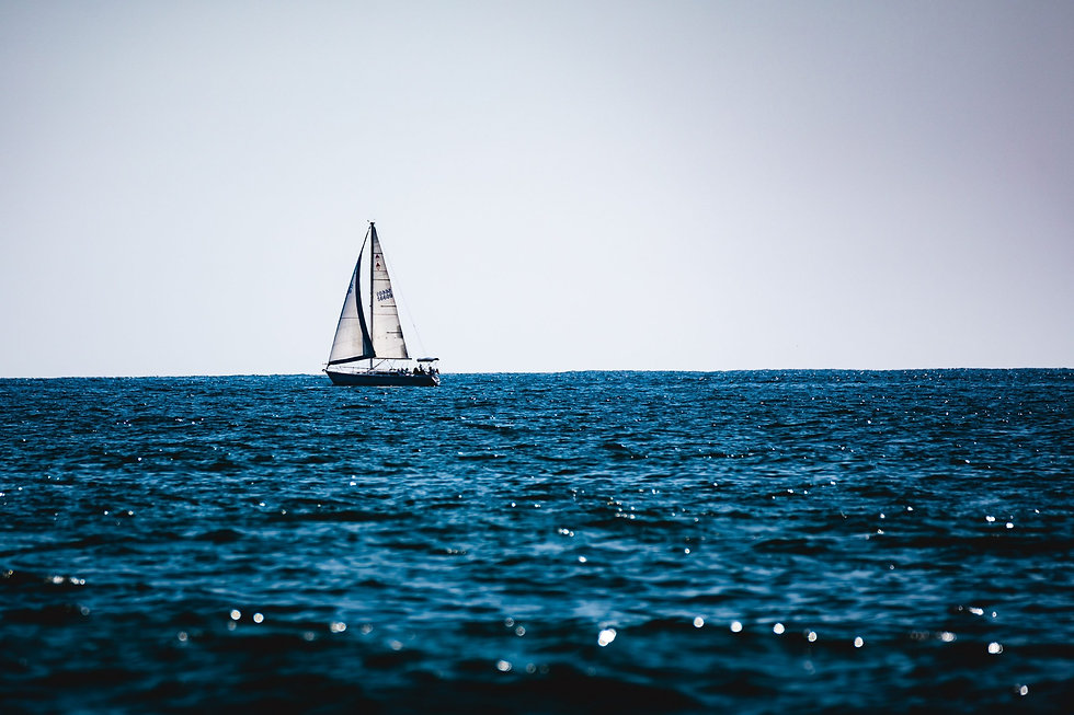 sail-boat-on-the-beach-3067516-scaled.jp