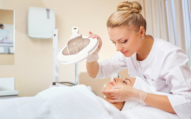 What You Need to Know AboutDermaplaning