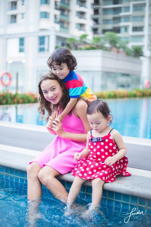 Familyportrait | FenderFoto | ภาพครอบครัวพี่น้องน่ารัก