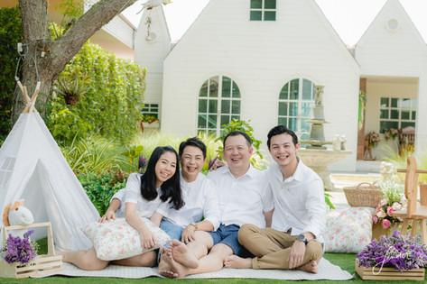 Familyportrait | FenderFoto | ถ่ายภาพครอบครัว