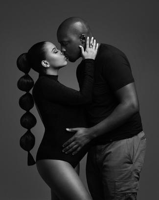Black& white maternity photography, best maternity photos, maternity shoot, maternity photography, couples maternity photos, vanity fair maternity, timeless maternity portraits, studio maternity , maternity photographer New Orleans