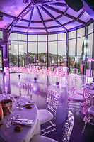 location de mobilier evenementiel, chaises napoleon transparente crystal, chaises napoleon dorées, Table plexi, buffet, vases, wedding arch, prdecoration sur plusieurs themes, trones, podiums, piste de danse, structure scenique, houppa, projecteur led sur batterie