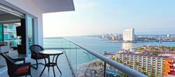 2-1701 balcon