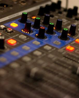Mixer-Closeup.jpg
