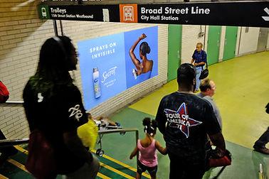 Philadelphia_Station_Dilworth Plaza Stat
