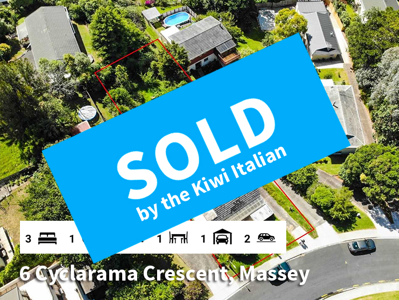 6-Cyclarama-Crescent-SOLD-by-Diego-Tragl