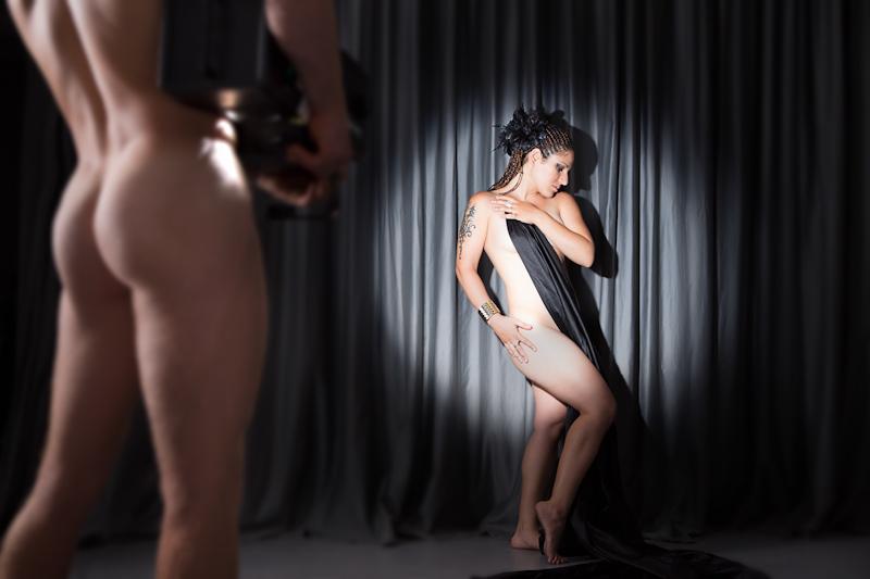 Nir Slakman - FEMALE (5).jpg