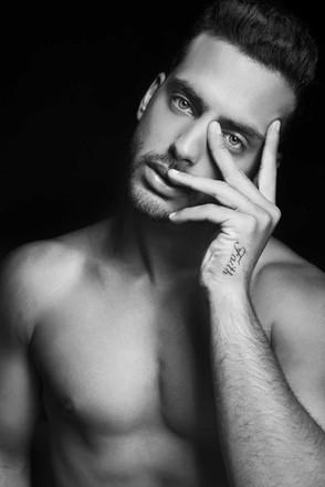Nir Slakman - Fashion Photographer Tel Aviv - צילום בוק דוגמנות , בוק שחקן  ניר סלקמן צלם אופנה - רון אלוף