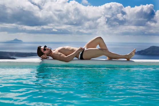 Nir Slakman - Fashion Photographer Tel Aviv - צילום בוק דוגמנות , בוק שחקן  ניר סלקמן צלם אופנה - outstanding travel