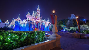 Disneyland-Resort-Christmas-2021_3.jpeg