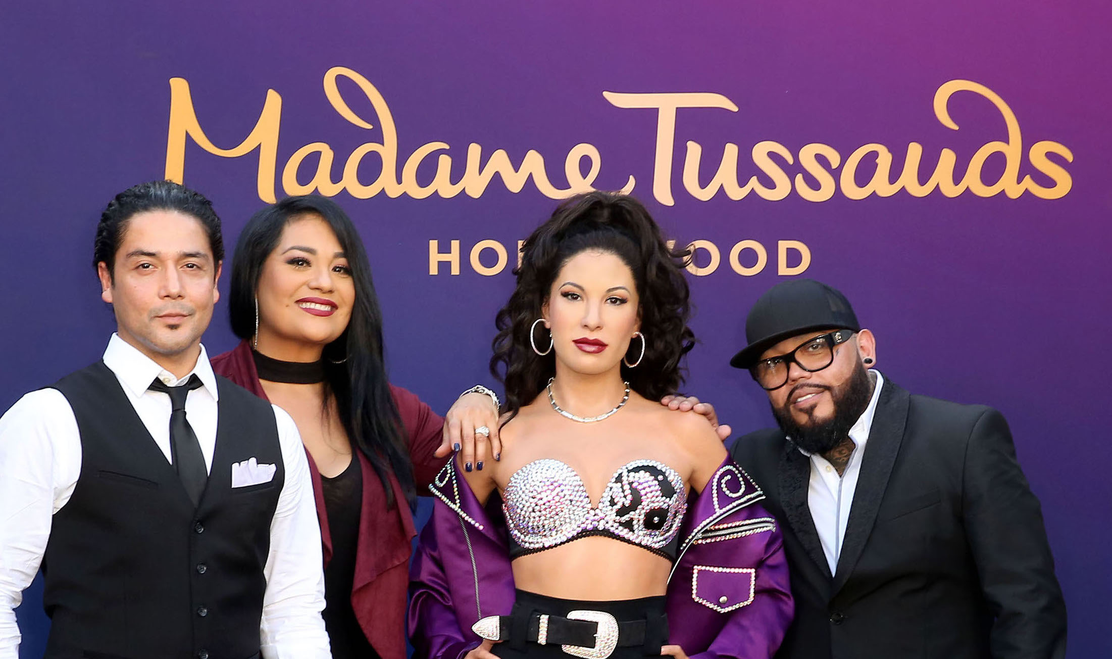 Selena Quintanilla group shot