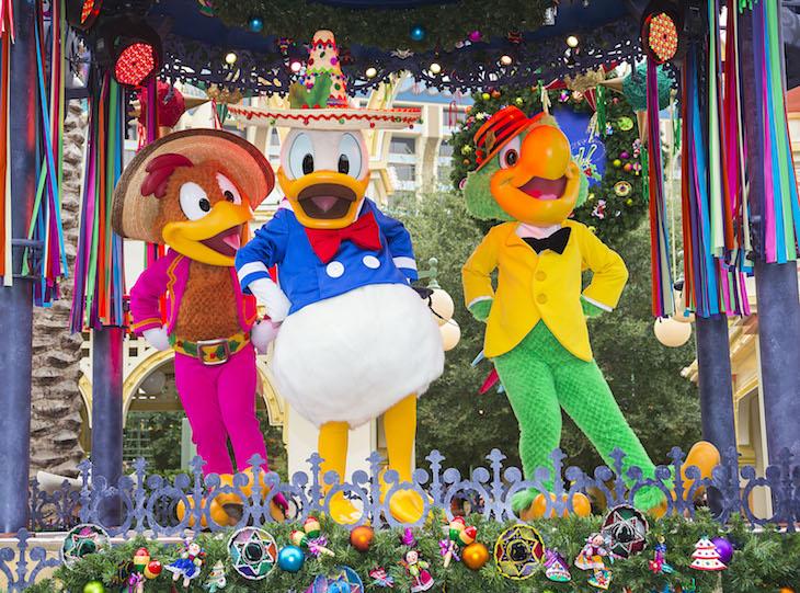 "Disney Viva Navidad!"""