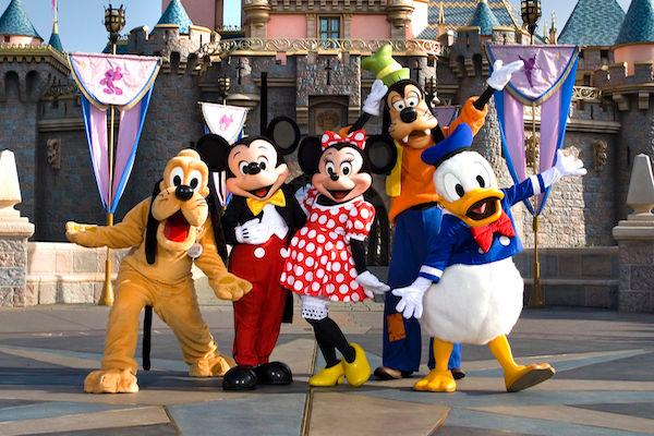 Goofy, Pluto, Mickey, Minnie and Donald