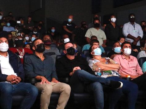 Rio libera lotação 100% em cinemas, teatros e shoppings