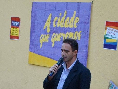 Líder do PSOL é baleado em carreata do PT, em SP