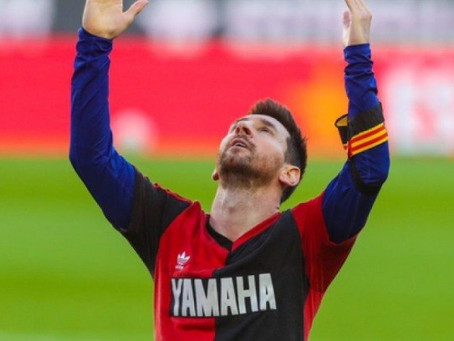 Messi agradece homenagem de Pelé: 'Foi lindo vê-la'