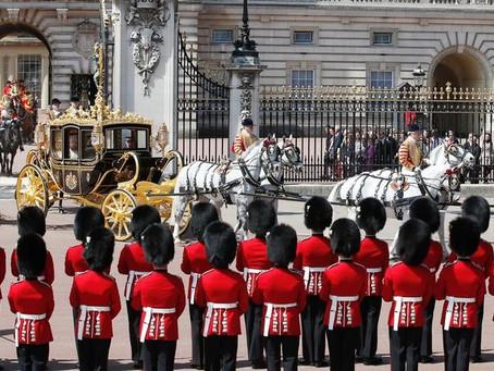 Funcionário é preso por roubo no Palácio de Buckingham