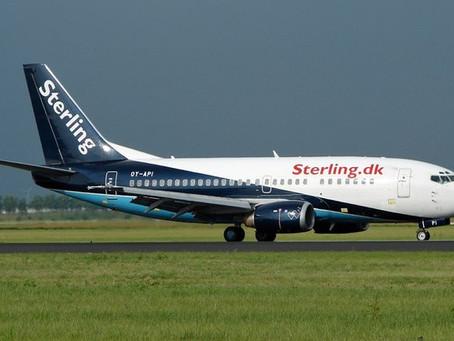 Avião da Boeing cai no mar com 65 pessoas a bordo