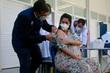 Rio volta a vacinar grávidas, mas só com CoronaVac e Pfizer