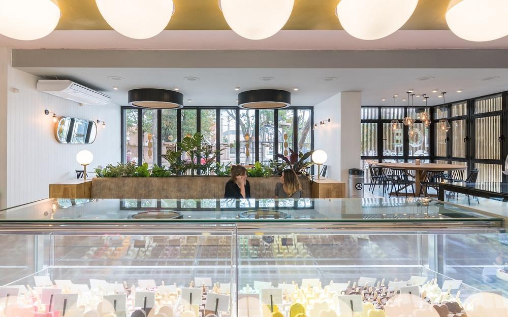 盧西亞諾Lucciano的冰淇淋旗艦店內景