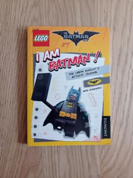 I am Batman! the Dark Knight's Activity Book with Stickers ( Lego Batman Movie)