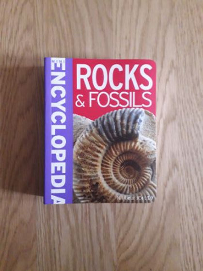 Mini Encyclopedia Rocks and Fossils