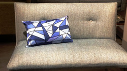 Coussin Blue Triangles GEOMETRY