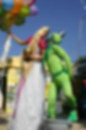 קרקס Y FLY Y קרקס וואי פליי וואי אטרקציות לאירועים אטרקציות לחתונה אטרקציות לבת מצווה אטרקציות לבר מצווה גימיקים לחתונה קבלת פנים קביים גימיקים לבת מצווה גימיקים לבר מצווה גימיקים למסיבה הפנינג סדנאות קרקס יום הולדת גימיקים לימי הולדת