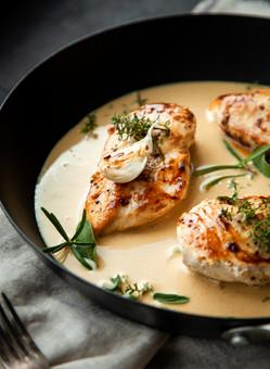 Chicken with White Wine and Cream