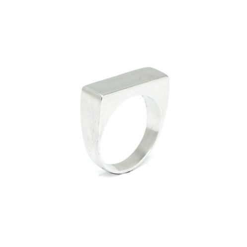 Simply Bar Ring