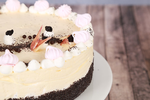Meggyes - mákos vanília mousse (Tejszínes alap)