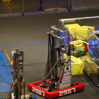Guillotine Carrying a Powercube