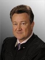 Оглашение резолютивной части приговора:  предложение Верховного Суда РФ