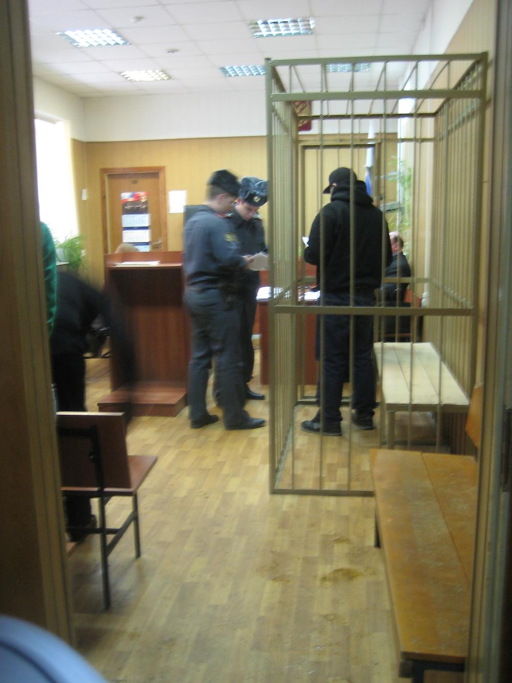 (Таганский  суд  гор.Москвы,  5  февраля  2009  года,  Олесинова  А.Ф. оставляют  под  стражей).