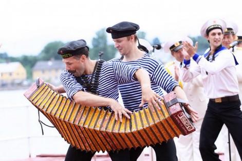 Морские праздники России