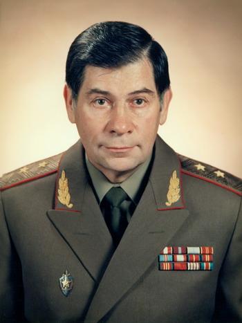Шебаршин Л.В. -  Председатель КГБ, занимавший этот пост всего один день