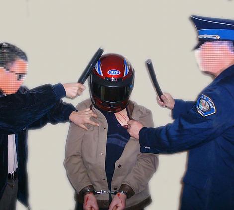 В  Дмитрове снова  занялись  прессовкой  адвокатов.