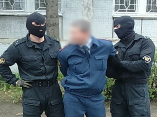 В    СИЗО-1  ФСИН  России   офицеры  словно зэковские  СДПэшники придумывают  нарушения  и  «липуют»