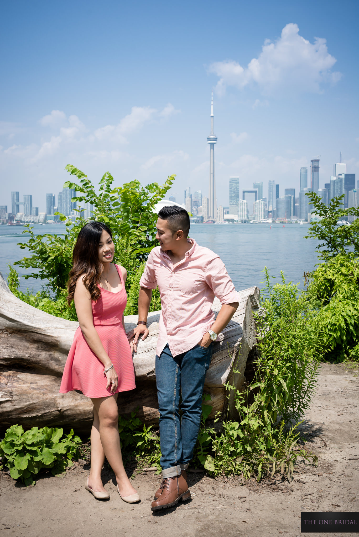 centre-island-engagement-photo-the-one-bridal-009