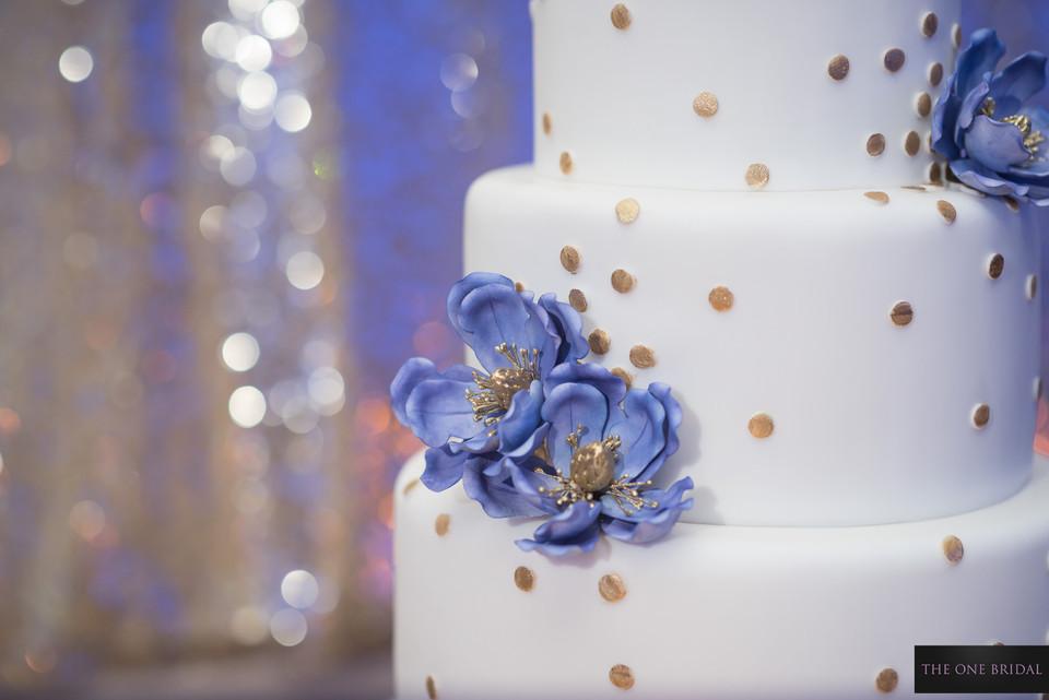 Wedding Cake   THE ONE BRIDAL