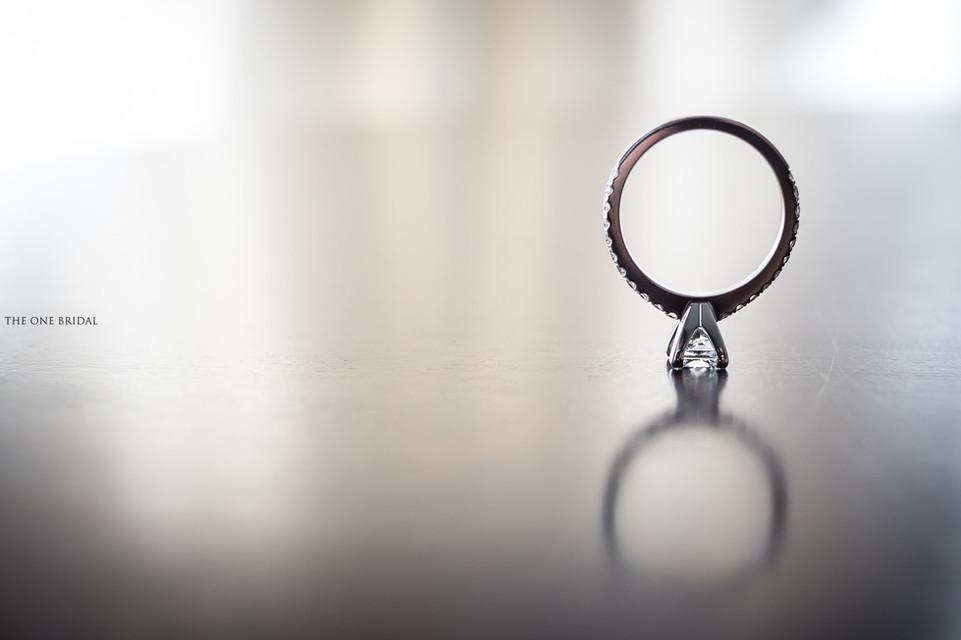 Engagement ring - Wedding Photo