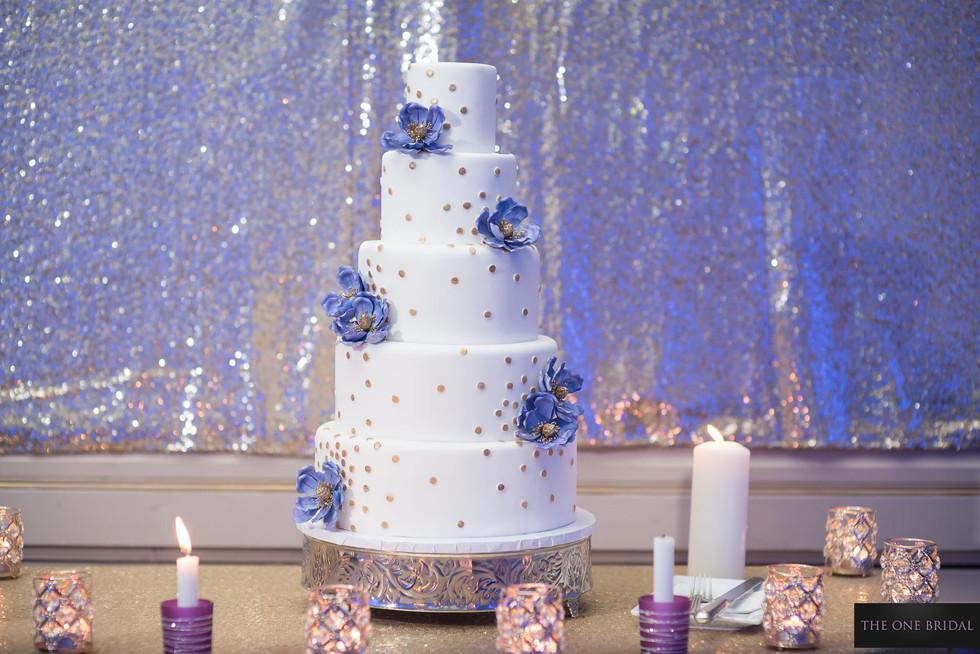 Wedding Cake | THE ONE BRIDAL