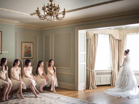 Bride and Bridesmaids at Graydon Hall Manor, Toronto