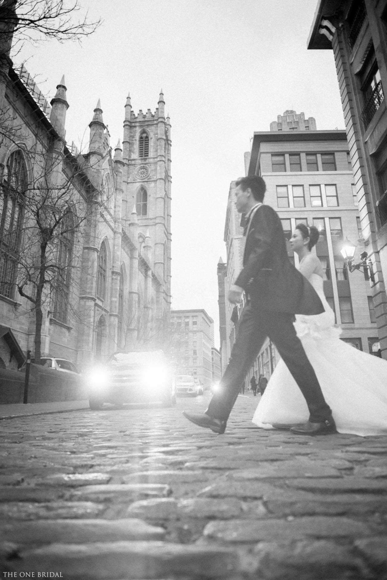 Old Montreal Pre-wedding Photo by The One Bridal