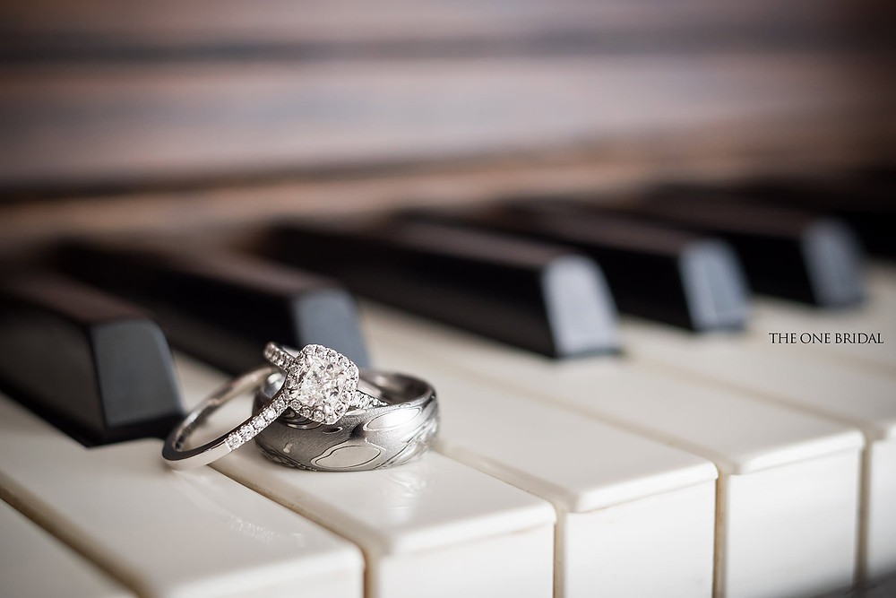 Wedding RIngs Photo | THE ONE BRIDAL