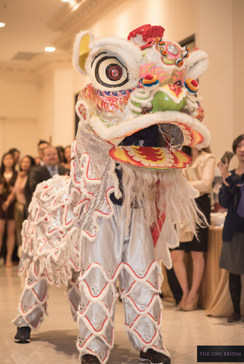 Kung Fu Lion Dance at Wedding   THE ONE BRIDAL