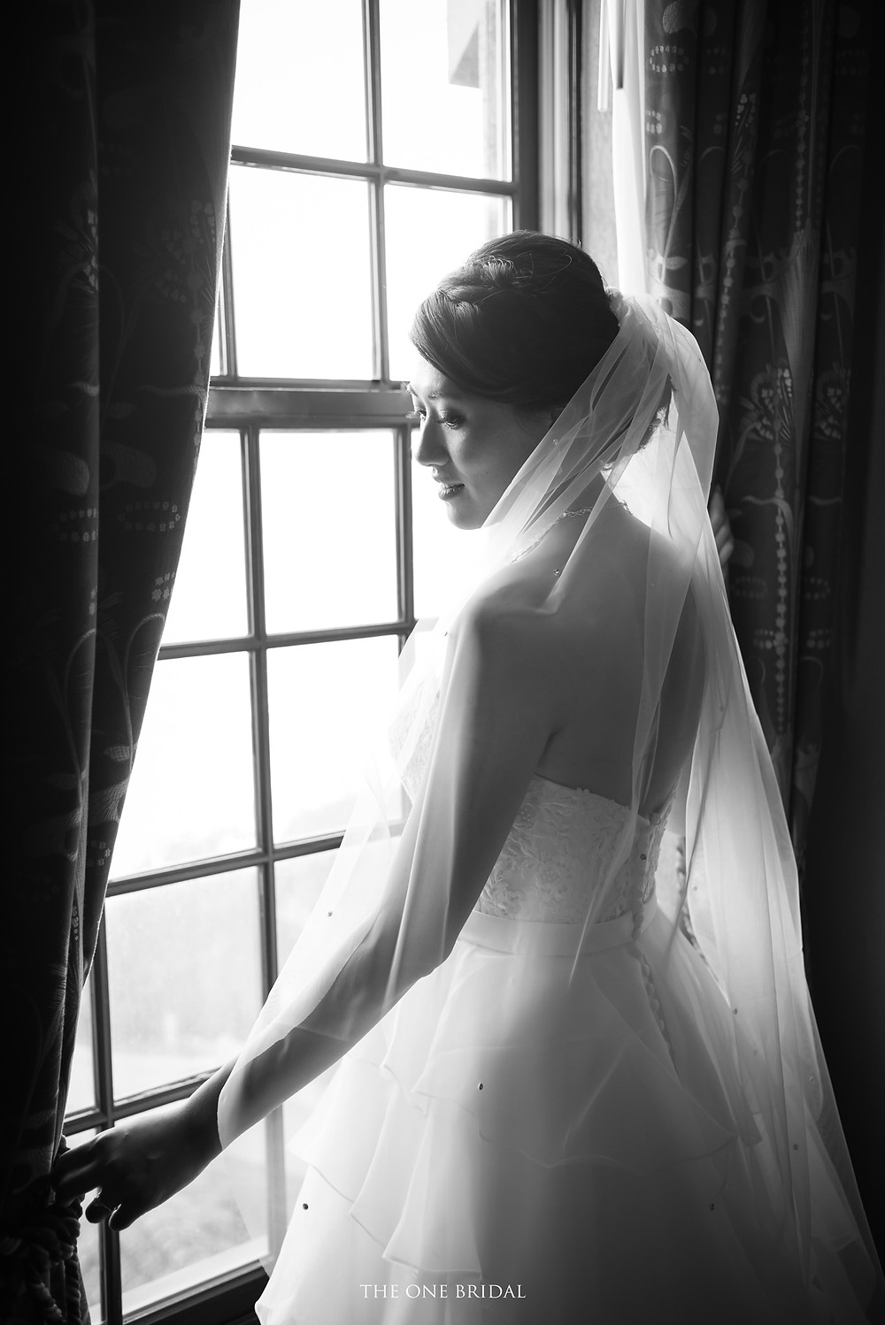 bride at old mill inn toronto in black and white