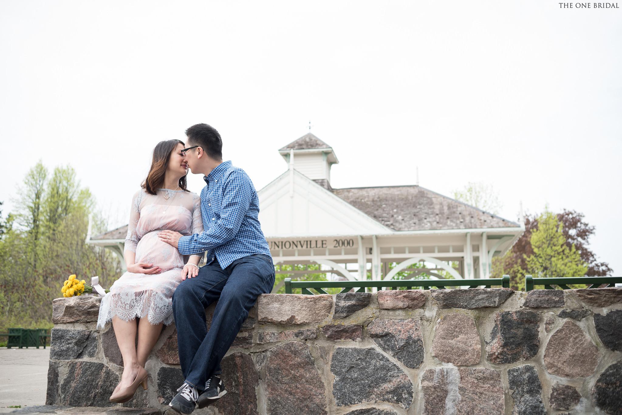 Maternity Photography at Main Street
